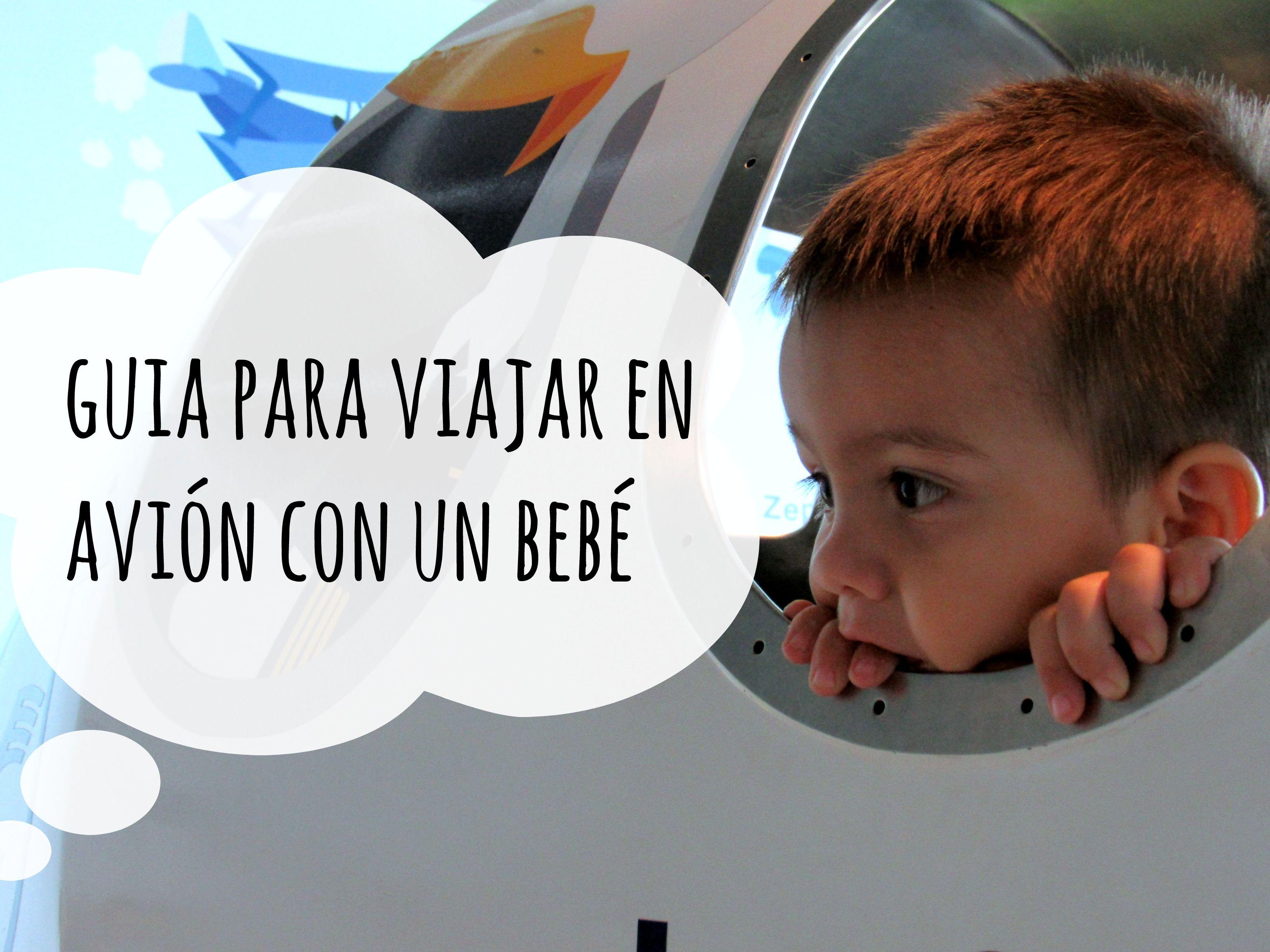 Guía para viajar en avión con un bebé